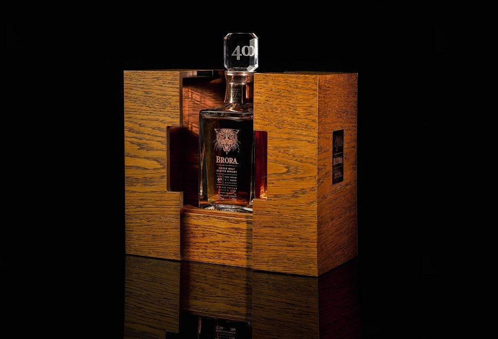 MACALLAN 60-YEAR-OLD SELLS FOR £1.452 MILLION